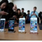 Apple Unveils Smaller, Cheaper iPhone SE for Emerging Markets