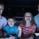 Dinner With TV May be a Recipe for Less Healthy Meals