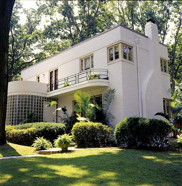 Zoolander producer selling art deco home beattransit for Art deco house design